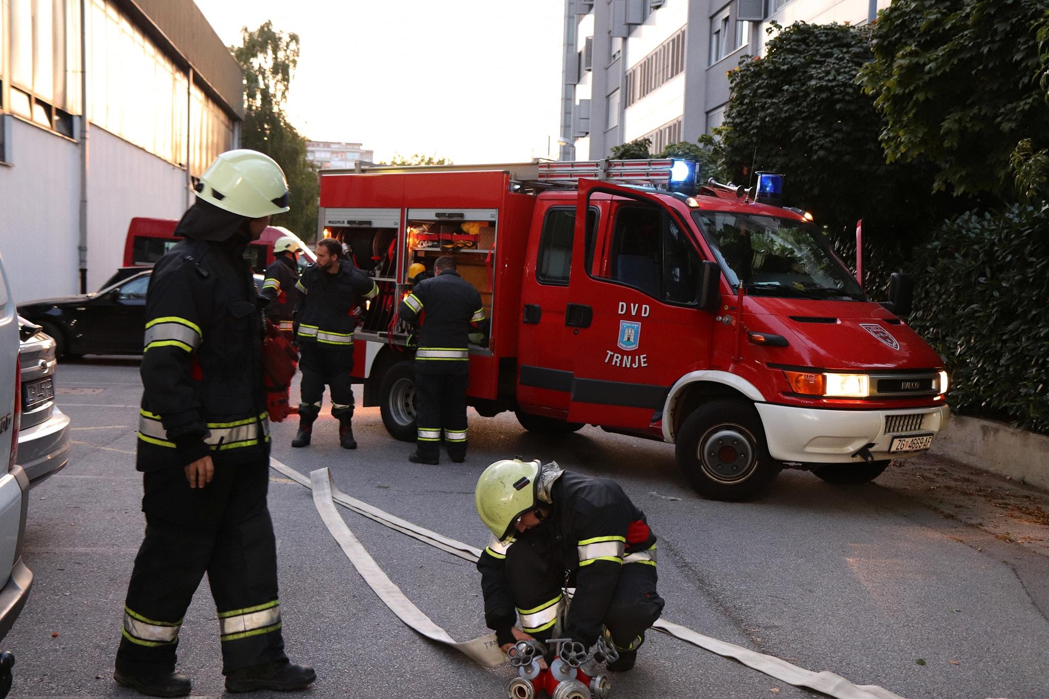 Tema: Taktički nastupi vatrogasnih postrojbi/formacije