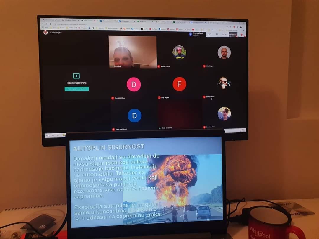 Interna online edukacija o požarima automobila